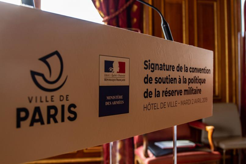 Signature de convention Garde nationale mairie de Paris